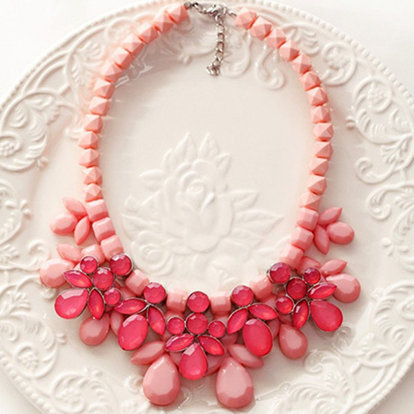 Hot New design Fashion Women Resin Big Flower Bubble Bib Choker Charm Necklace