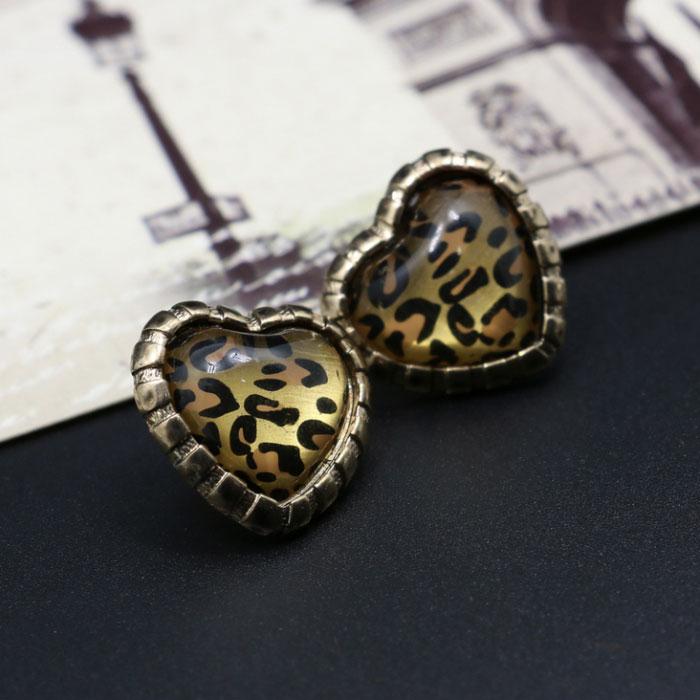 Pop Fashion Vintage Charm Heart Leopard Zebra Style Ear Stud Earrings Ear