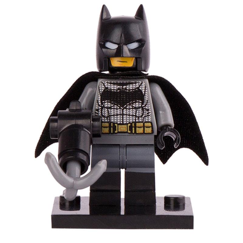 marvel dc comics superheroes suicide squad batman mini. Black Bedroom Furniture Sets. Home Design Ideas