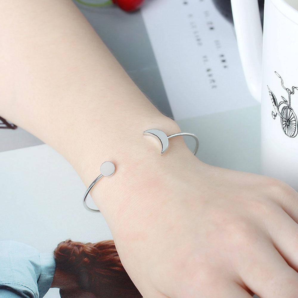 F6C1-Women-039-s-Sun-Moon-Adjustable-Bracelet-Bangle-Simple-Jewelry-Ornament-Gift