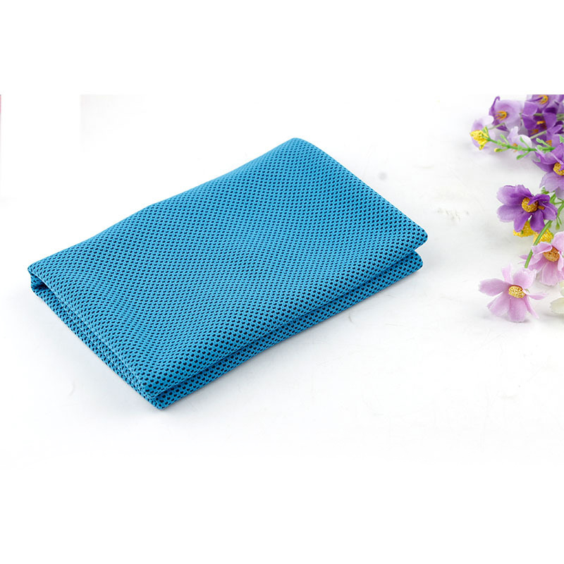 6201-Ice-Towel-Coolcore-Skinfriendly-Sky-Blue-Colour-Sports-Equipment-Ice